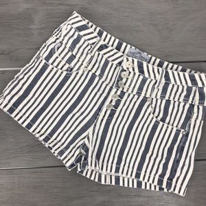 🖤3/$30Almost famous button shorts striped size 11
